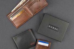 Buy Now: Guess mens wallets assortment 18pcs.