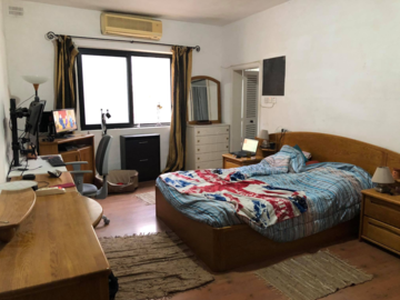 Rooms for rent: Double bedrooms, own bathroom with A/C