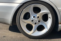 Selling: Mercedes Alphards 5x112
