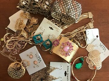 Buy Now: Make money from home with broken jewelry! (20lbs)
