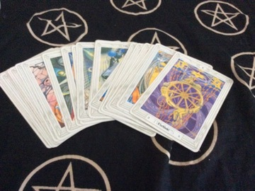 Selling: 15 in depth tarot reading