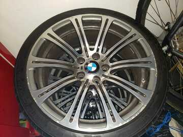 Selling: BMW M3 Wheels & Tires