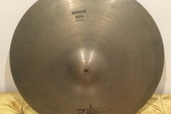 Selling with online payment: * Used * - Zildjian Medium Ride Cymbal 20""