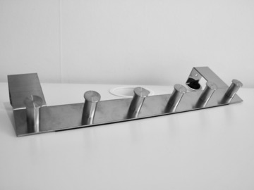 Myydään: Moving out sale - Hanging tool
