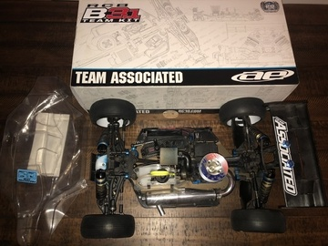 Selling: Team Associated B3.1 (Ready to rock) needs radio only!!