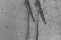 Selling with online payment: Foxbody Mustangs Windshield wipers