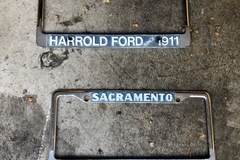 Selling with online payment: Sacramento Ford plate frames