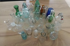 Ilmoitus: Pulloja ja maljakoita hääkattaukseen
