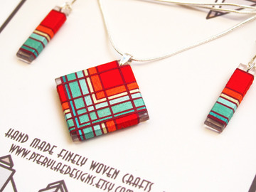 Selling with online payment: Thread Wrapped Red and Turqouise Jewelry Set