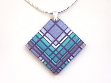 Selling with online payment: Thread Wrapped Periwinkle Pendant