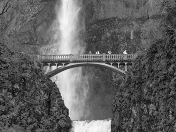 Selling with online payment: MULTNOMAH FALLS