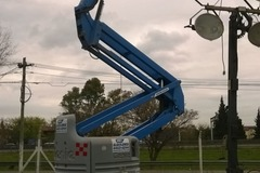 En alquiler: Brazo Articulado Diesel de 20 metros