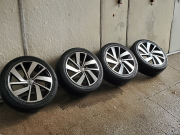 "Selling: 18"" VW Polanka Rims w/ Hankook allseason tires"