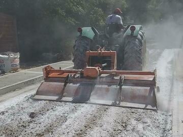En alquiler: Alquiler Tractor John Deere c/ Rotavator