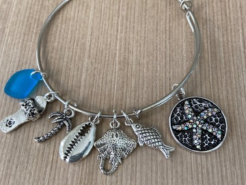Selling with online payment: Beach Starfish Charm Brave