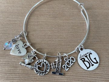 Selling with online payment: Class of 2020 Graduation Charm Bracelet