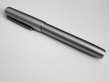 Renting out: Lamy Aion OliveSilver