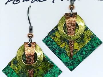 Selling with online payment: Four piece copper and brass earrings