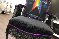 Selling with online payment: Pink Floyd Chair