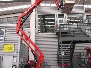 En alquiler: Brazo Eléctrico de 12 metros