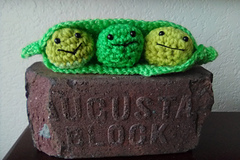 Selling with online payment: Meet the Peatles! Cute Crocheted Peas in a Pod