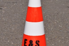 Vermieten: Pylone Leitkegel Verkehrshut
