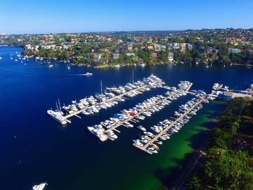 Rent By The Day (Calendar availability option): 15m Berth The Spit d'Albora Marinas