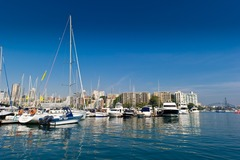 Rent By The Day (Calendar availability option): 15m Berth Rushcutters Bay d'Albora Marinas