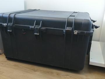 Uthyres (per vecka): Kuljetuslaatikko Peli 1630