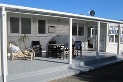 Book on LiveLocal or Other Platforms: Kaka Cottage - Lake TAUPO