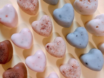 : 'Mix and Match' Heart Soaps Set