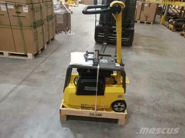 Renting out equipment (w/o operator): Small reversible vibroplater BPU2540A