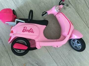 Selling without online payment: Barbie Toy Scooter