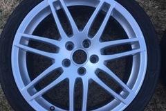"""Selling: OEM Audi 18"""" RS4 style wheels"""