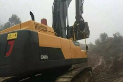 Renting out equipment (w/ operator): VOLVO EC 480 D L