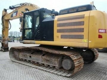 Renting out equipment (w/ operator): CATERPILLAR 336F