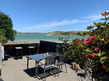 Book on LiveLocal or Other Platforms: Harbourside apartment with courtyard -Whangarei