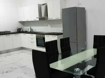 Rooms for rent: Rooms available in brand new apartment in Gzira/Msida