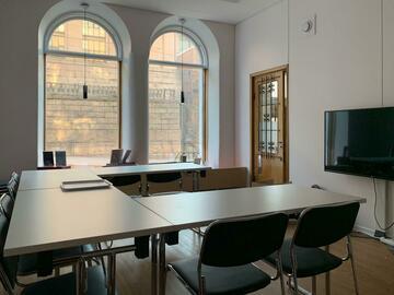 Renting out: Etätoimisto/työskentelytila/kokoustila Kruununhaassa