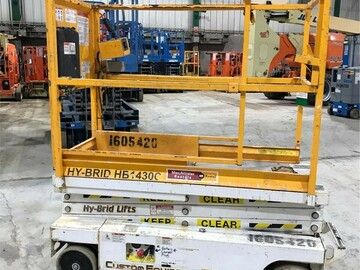 Selling: Slab Scissor Lifts