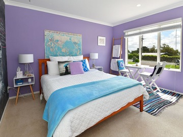 Book on LiveLocal or Other Platforms: The Pukekos Pyjamas - 2 bedrooms, bathroom, lounge + breakfast