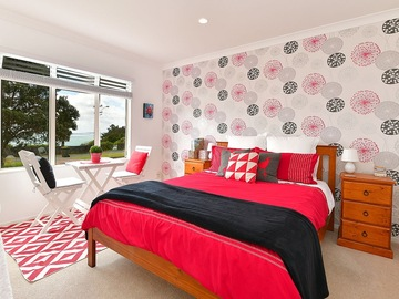 Book on LiveLocal or Other Platforms:  Pukekos Pyjamas - 1 bedroom, bathroom, lounge, breakfast