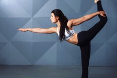 8 Credits: Working on Your Body From the Inside Out. A Look into Pilates