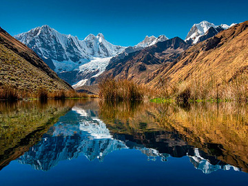 Offering with online payment: Cordillera Huayhuash Trekking in Peru with Peruvian Guides