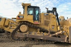 Renting out equipment (w/o operator): 2017 CATERPILLAR D9T