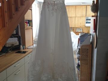 Ilmoitus: Käyttämätön Sis idmanin saaga mekko koko 38