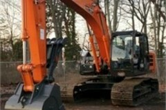 Renting out equipment (w/o operator): Hitachi ZX210 LC-6N 2019