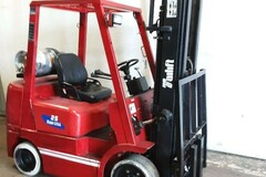 Selling: Cushion Tire Forklifts