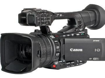 Vermieten: Camcorder Canon XF200