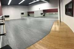 List a Space: Beautiful Spacious Dance Studio